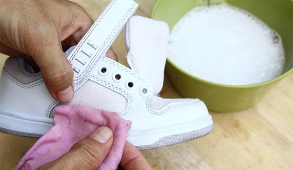 Cleaning White Sneakers Is Not As Difficult As You Think