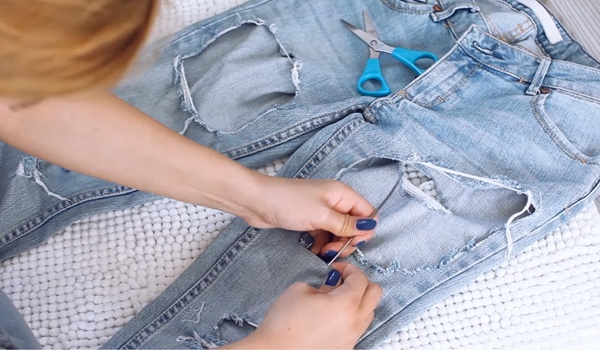 Tattered Skinnies Alarm! Easy Way Wie man Zerrissene Jeans macht