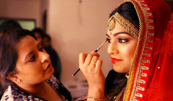 Top Make-up-Künstler in Hyderabad